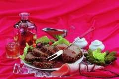 Вкусные рецепты: грибная поляна, салат из курицы с ананасами, яболчно-морковное лукошко