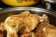Вкусные рецепты: Сливовый пирог под миренгами, голубцы, Нежный десерт